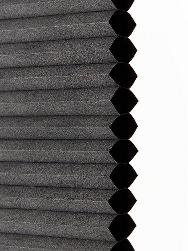 Plisségardin Mörkl. FUR 130x130 grå