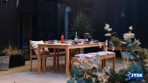 Holdbare hagemøbler i teak